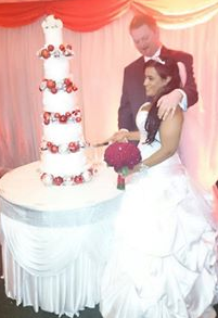 christmas-wedding-cake-combe-abbey-coventry